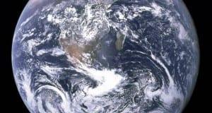 Die Erde aus dem Weltraum aufgenommen