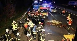 Unfall A8 bei Leipheim 24112017 12