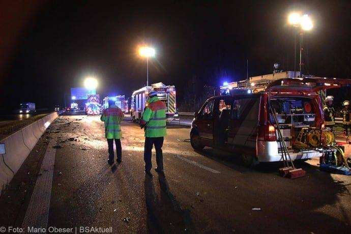 Unfall A8 bei Leipheim 24112017 3