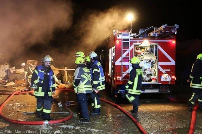 Brand Deffingen Wertstoffhof 21122017 22