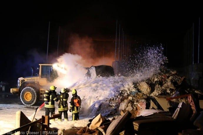 Brand Deffingen Wertstoffhof 21122017 59