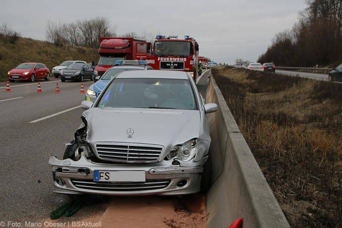 Unfall A8 Burgau-Guenzburg 171217 6