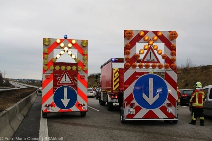 Unfall A8 Burgau-Guenzburg 171217 7