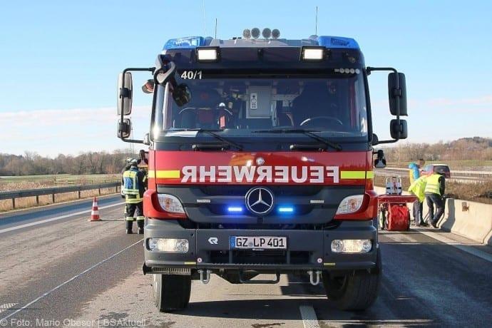 Unfall A8 Leipheim-Guenzburg 29122017 15