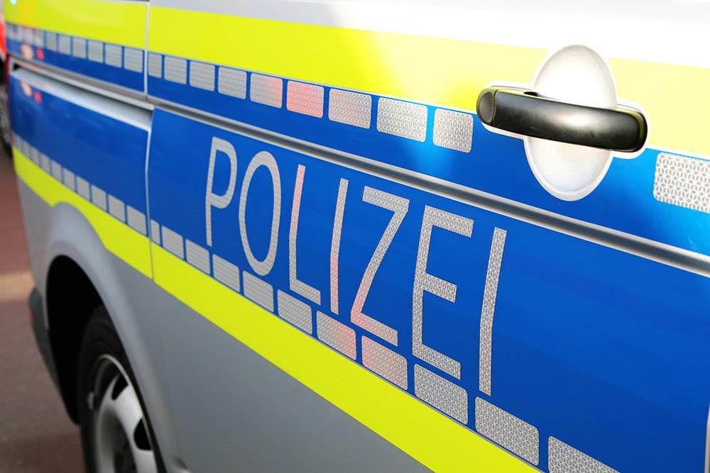Polizeifahrzeug Bus