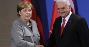 Binali Yildirim und Angela Merkel