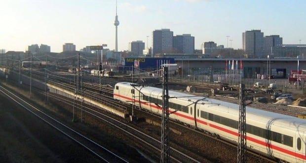 ICE der Deutschen Bahn in Berlin