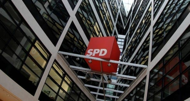 SPD-Logo im Willy-Brandt-Haus