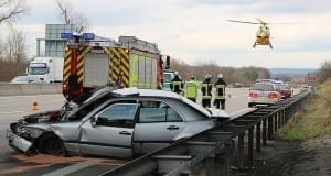Unfall Autobahn 8 bei Leipheim 29032018 10