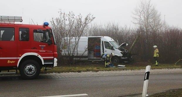 Unfall Grundremmingen Kreisverkehr 24032018 10