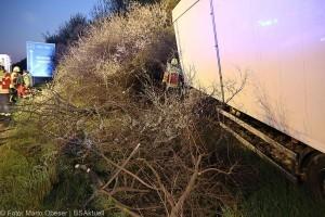 Unfall A8 Elchingen Sattelzug 19042018 6