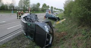 Unfall B16 Höhe Echenbrunn-Faimingen 23042018 3