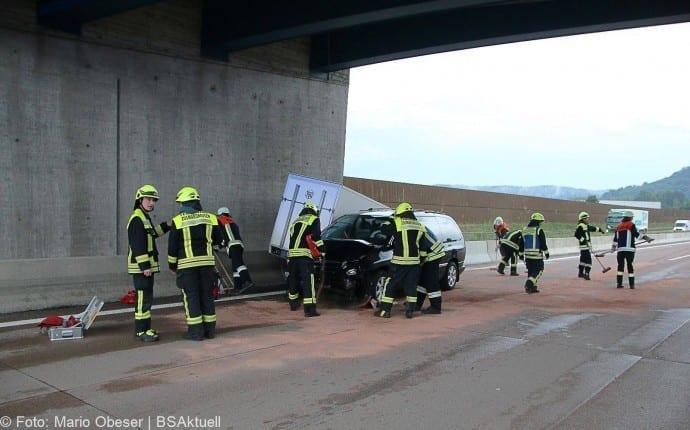 Unfall A8 bei Zusmarshausen 13052018 1