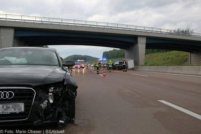 Unfall A8 bei Zusmarshausen 13052018 3