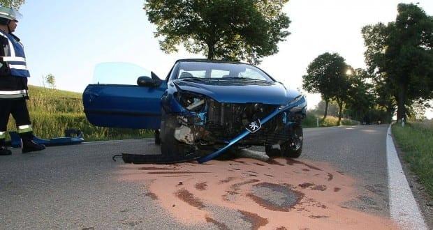 Unfall Rosshaupten-Roefingen 21052018 5