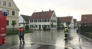 Unwetter Überflutung Feuerwehr Medlingen