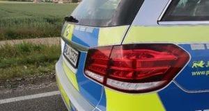 Polizeifahrzeug blau BW 1