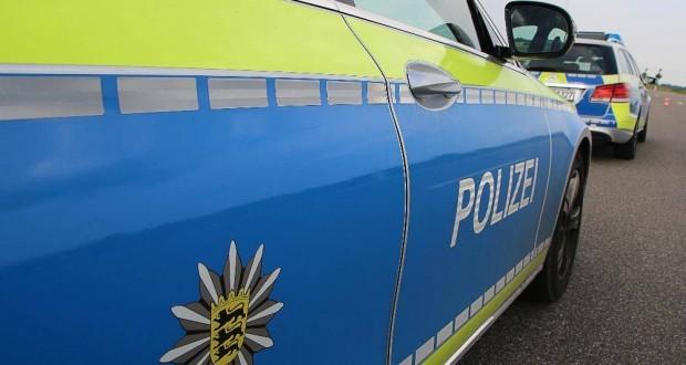 Polizeifahrzeuge blau Bw 2
