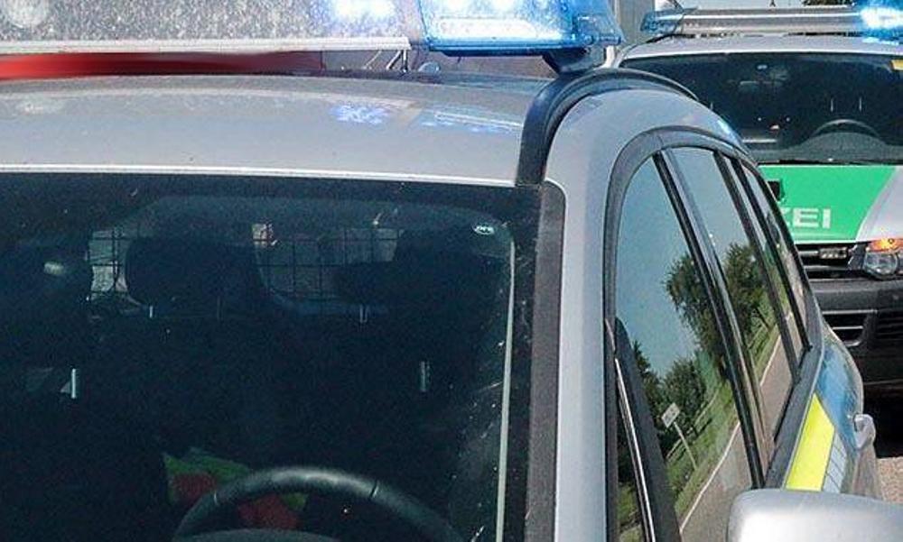 Zwei Polizeifahrzeuge
