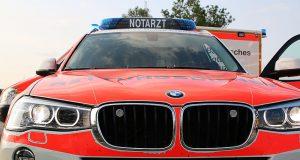 Notarztfahrzeug und Rettungswagen