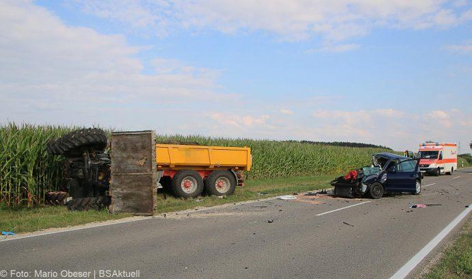Unfall Bubesheim Grosskoetz Traktor Pkw 11072018 9