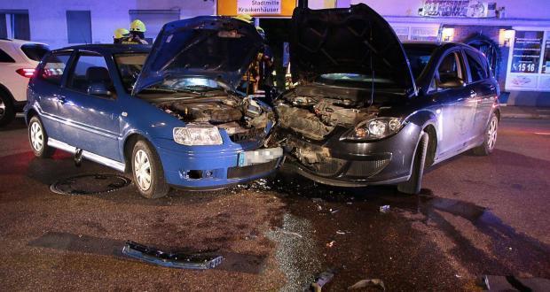 Unfall Günzburg Ulmer Str - Weissenhorner Str 07072018 11