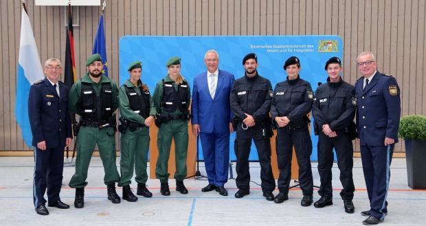 Umstellung Abgeschlossen Bayerischer Polizei Und Justiz Nun Alle Blau