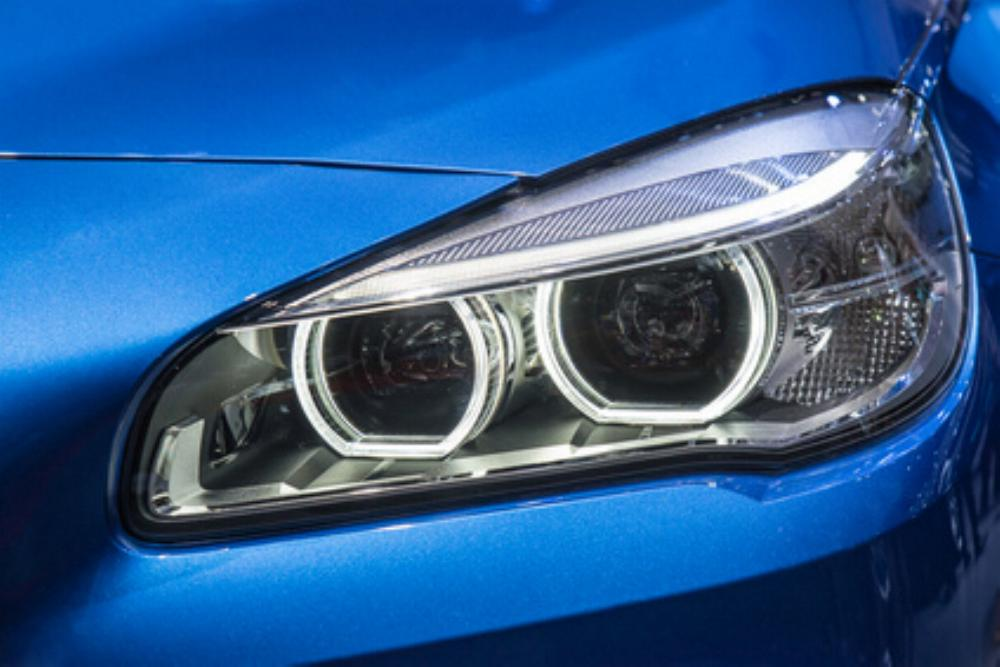BMW Frontscheinwerfer