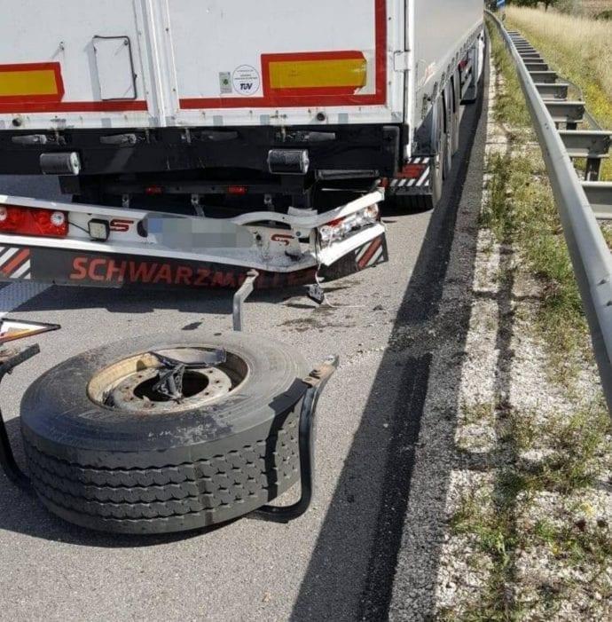 Unfall A8 Leipheim-Guenzburg 24092018 1