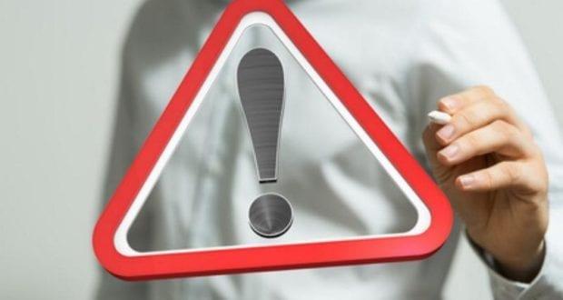 Warnung Ausrufezeichen