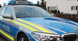 Polizeifahrzeug Gebäude