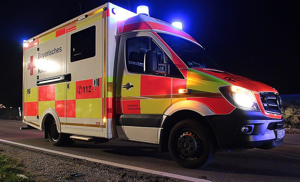 Rettungswagen BRK Günzburg NAcht