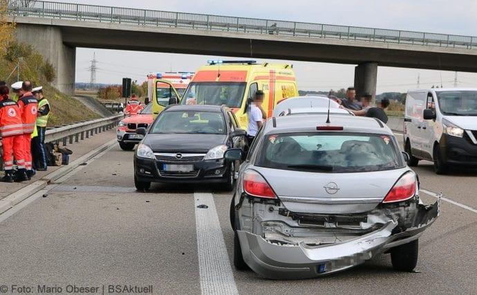 Unfall A8 nache AK Elchingen 07102018 3