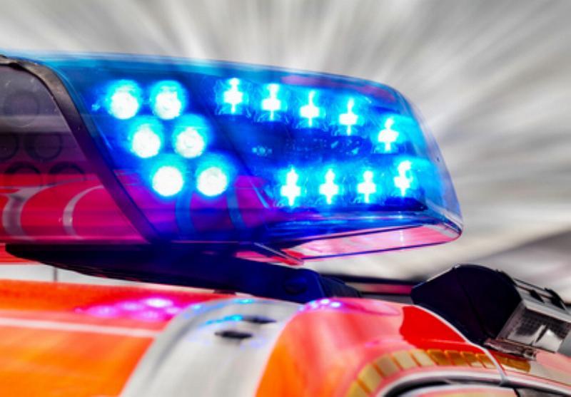 Feuerwehrfahrzeug Blaulicht Rettungsdienst