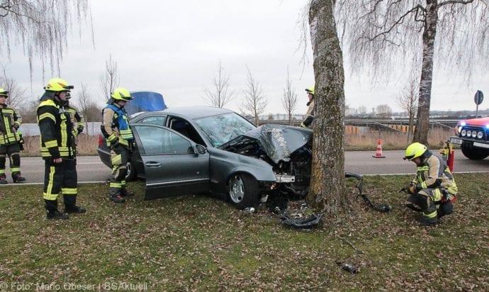 Günzburg Heidenheimer Strasse Unfall 30122018 4