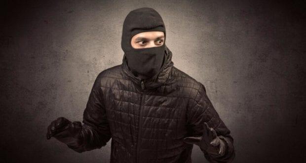 Maske Sturmhaube Überfall