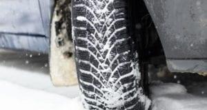 Schnee Reifen