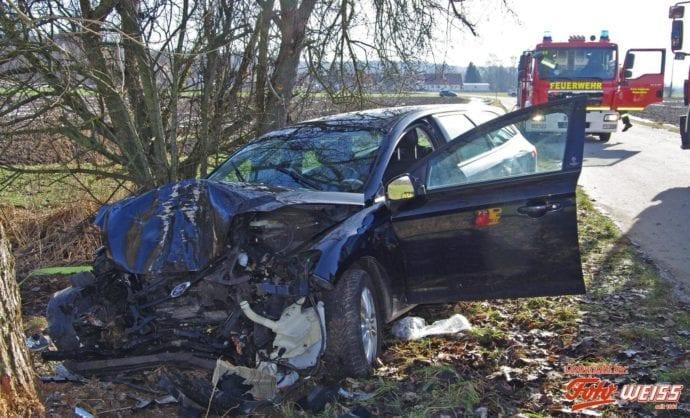 Unfall Wattenweiler-Ellzee 16012019 5