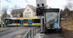 Ulm Straßenbahn Unfall entgleist 02022019 23