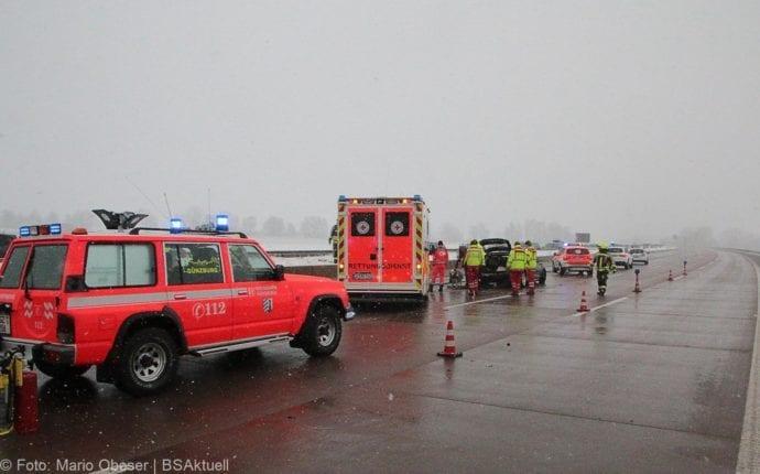 Unfall A8 Günzburg-Burgau Hund entlaufen 03022019 3