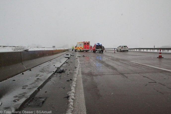 Unfall A8 Günzburg-Burgau Hund entlaufen 03022019 5