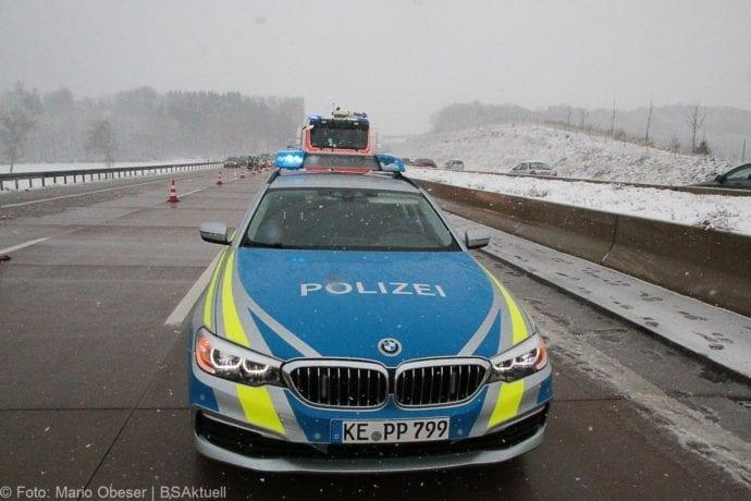 Unfall A8 Günzburg-Burgau Hund entlaufen 03022019 7