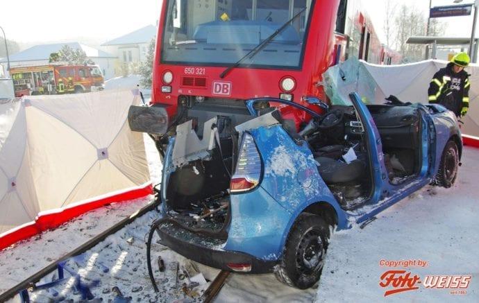 Zugunfall Krumbach Hirschfelden 04022019 14