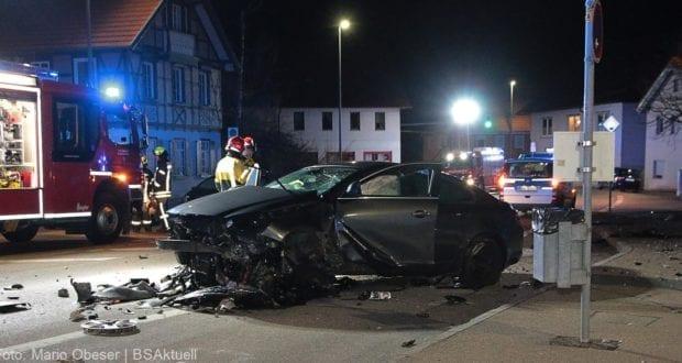 Unfall Giengen Pkw Brunnen 09032019 18