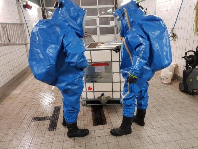 Zusatzausbildung Chemikalienschutzanzüge Feuerwehr Günzburg 2