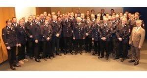 Kreis Neu-Ulm Gruppenbild Feuerwehrleute_Ehrungen 03.04.2019