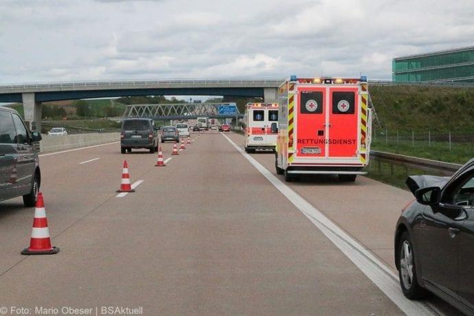 Unfall A8 Günzburg-Burgau Auffahrunfall 27042019 3