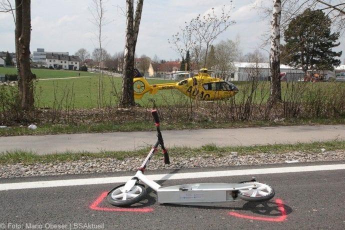 Unfall Ichenhausen Pkw erfasst Kind auf Roller 03042019 11