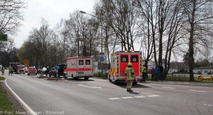 Unfall Ichenhausen Pkw erfasst Kind auf Roller 03042019 13