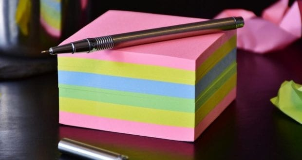 Zettel Kugelschreiber Notiz